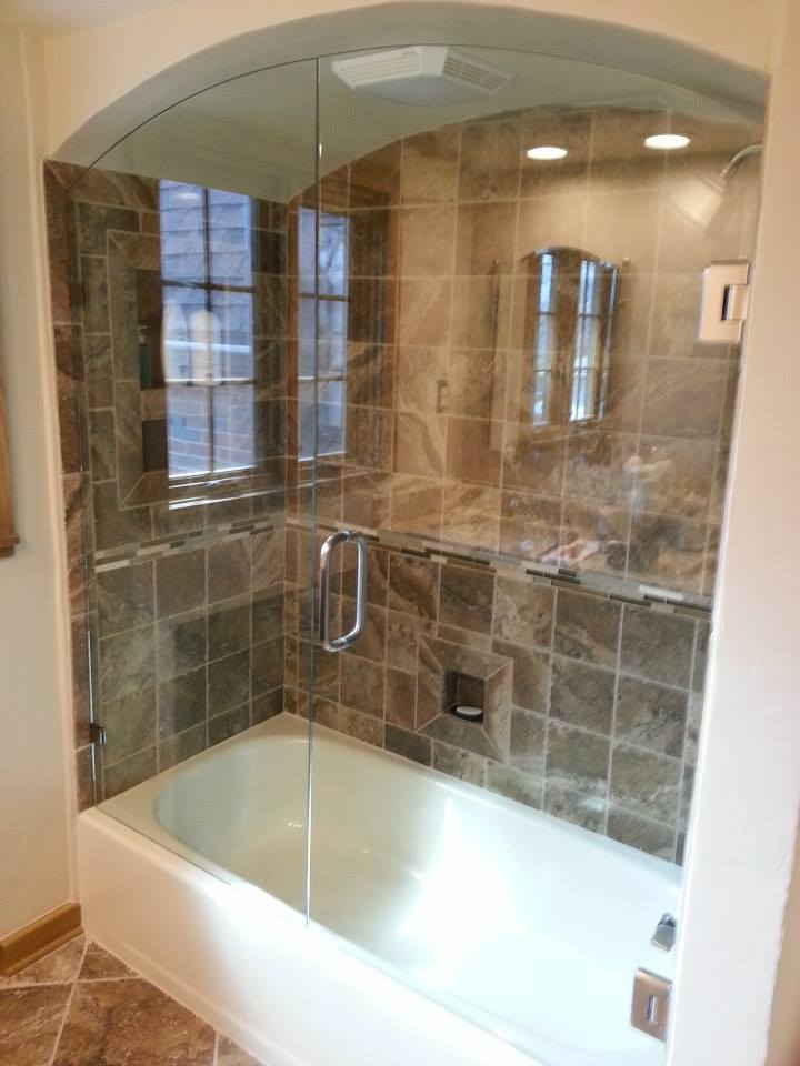 Custom Glass Shower Doors Glass Tub Enclosures Bathtub Surround
